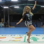 Evangélica, Miss Bumbum desfila coberta pela Vila Maria e tatuagem de Trump fica escondida