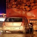Motorista morre após carro bater em carreta estacionada, em Mato Grosso