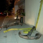Criança morre no Recife ao ser atingida por âncora usada como decoração