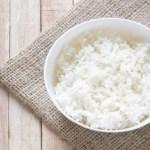Estudantes tailandeses pagam matrícula na universidade com arroz