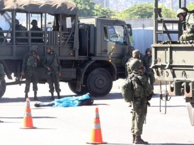 Suspeito é morto em troca de tiros com fuzileiros navais no Rio