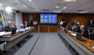 Governo quer quórum com mais de 60 senadores para votar nome de Moraes