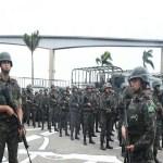 Militares patrulham Vitória; parte do comércio retoma atividades