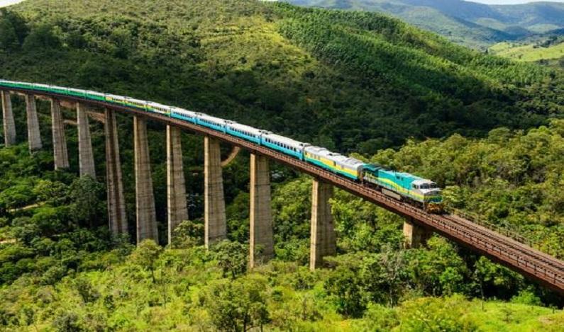 Violência no ES leva à suspensão da circulação de trens entre Vitória e MG