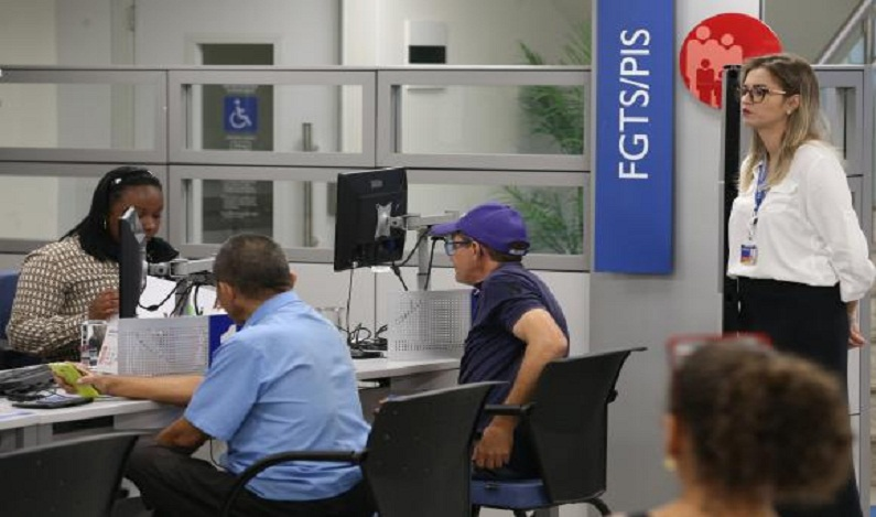 Prazo de pagamento do abono do PIS é prorrogado