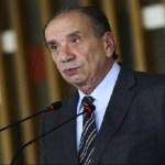 Ministro Aloysio Nunes discute com segurança do STF durante posse de Moraes