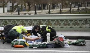 Ataque no Parlamento britânico deixa ao menos 12 feridos