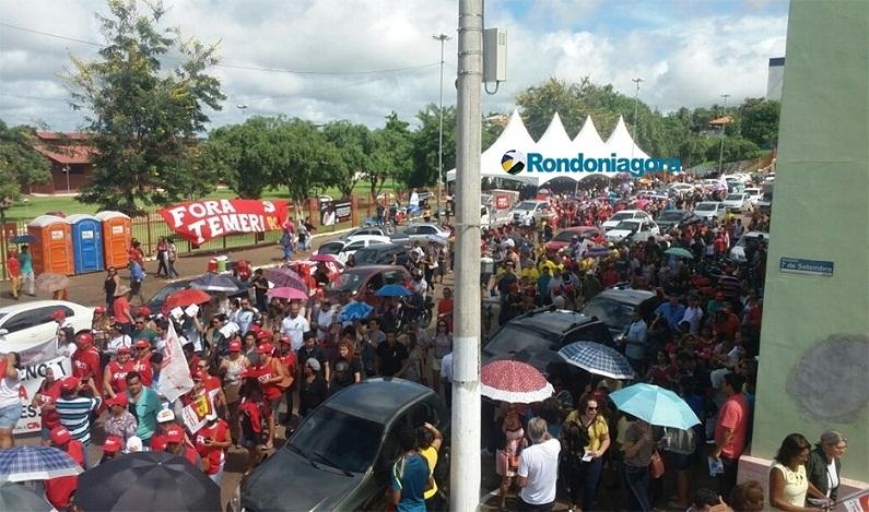 Em Porto Velho (RO), manifestantes também pressionam pelo fim da reforma da Previdência