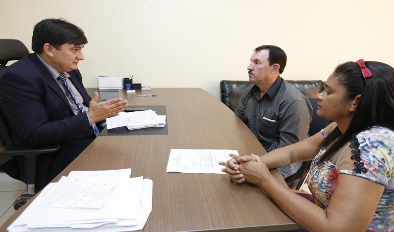 Cleiton Roque recebe prefeito e vereadora de Governador Jorge Teixeira