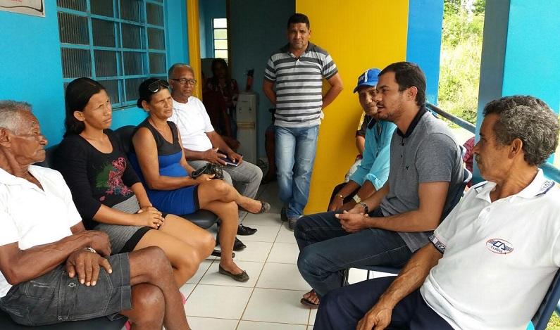 Deputado Expedito Netto e Vereador Marcelo Reis visitam moradores da BR-319