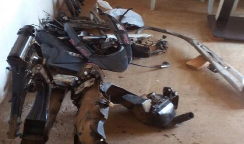 PM encontra moto roubada sendo desmanchada dentro de igreja em GO