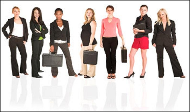 Quase um terço de mulheres e homens no Brasil ainda prefere que elas não trabalhem fora