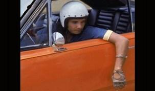 Da infância à Jovem Guarda, Roberto Carlos começa a virar filme