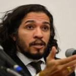 Conselho de Ética adia decisão sobre processo contra Jean Wyllys