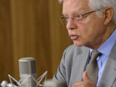Moreira Franco rebate declarações de Dilma a jornal