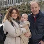 """Bebê de três meses é """"interrogado"""" por envolvimento com terrorismo"""