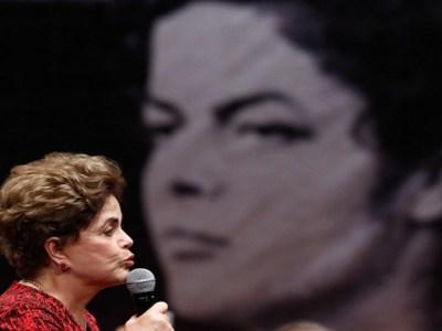 """Greve mostra que povo é capaz de """"resistir a mais um golpe"""", diz Dilma"""