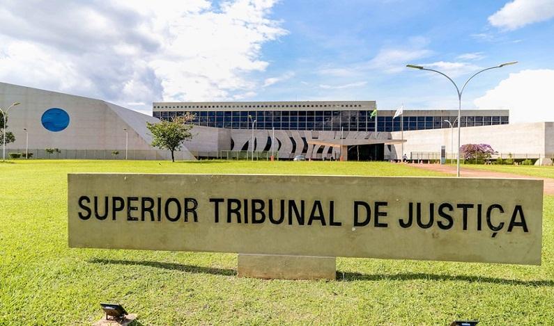 STJ suspende execução trabalhista de grupo empresarial em recuperação