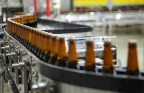 Apesar da crise, Pezão pede isenção para nova fábrica da Ambev