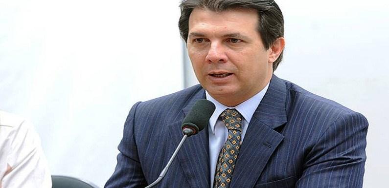 'Privilégio é se aposentar com dois mandatos', diz relator da reforma da previdência