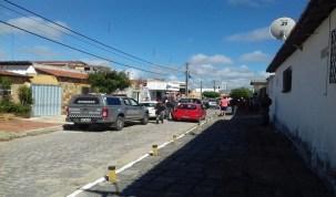 Homem reage a assalto, troca tiros e suspeito é morto, em Natal (RN)