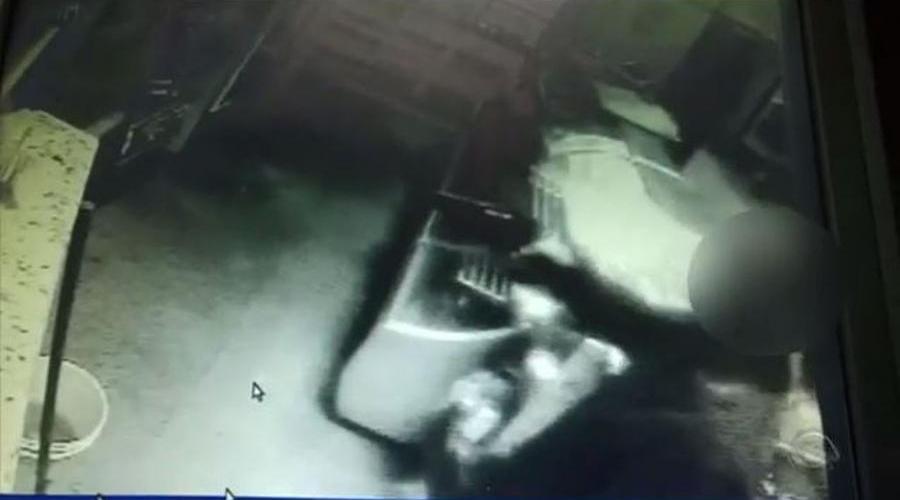 Ladrões matam dono de padaria para roubar R$ 16 reais