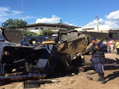 Ladrões com uniforme do Exército explodem carro-forte em Petrolina, no Sertão de PE