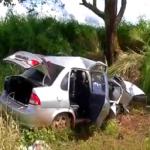 Homem morre em acidente após puxar o volante enquanto mulher dirigia
