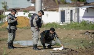 Bebê é encontrado com pescoço cortado e órgão genital arrancado, em Maceió