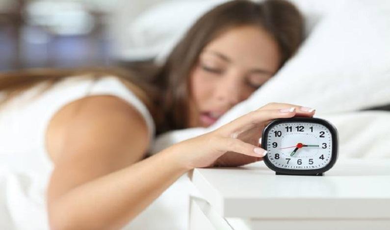 'Maratonas de sono' não compensam noites mal dormidas, diz pesquisa