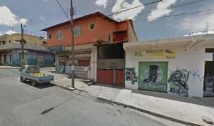 Taxista bate em poste após tentar entrar em 'portal tridimensional', em Minas Gerais