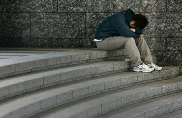 Apenas uma palavra de incentivo ao suicídio é suficiente a uma pessoa fragilizada, diz especialista