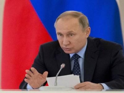 Putin apoia investigação sobre perseguição a gays na Chechênia