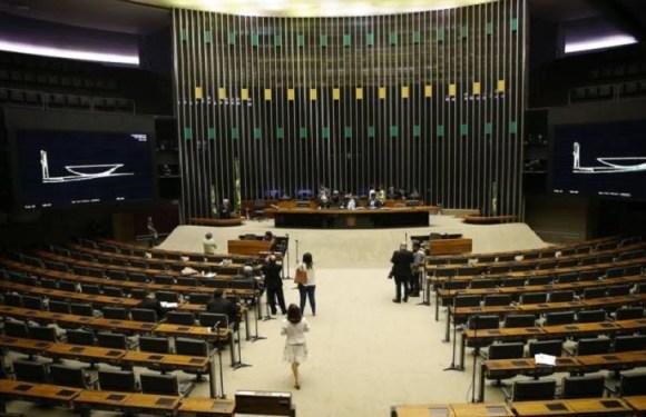 Oposição obstruirá votações até Maia iniciar impeachment de Temer