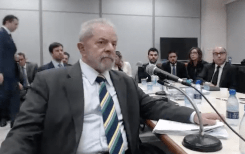 Moro determina que PF devolva iPads dos netos do ex-presidente Lula