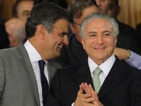 Aécio retoma comando do PSDB e tenta conter saída do governo Temer