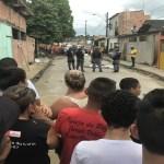 Dupla é linchada por populares após suposta tentativa de assalto, em Manaus