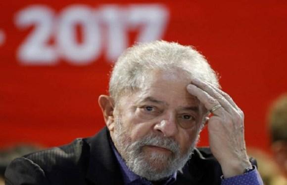 Denúncia do sítio imputa a Lula 10 crimes de corrupção e 44 de lavagem de dinheiro
