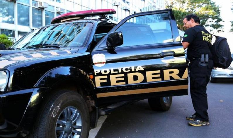 Operação da Polícia Federal apura superfaturamento de R$ 100 milhões em obra no RS