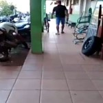 PM armado invade delegacia de RO para matar suspeito que esfaqueou o pai dele