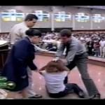 """Igreja Universal indenizará fiel agredida por pastor em """"sessão do descarrego"""""""