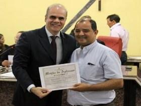 Alan Queiroz faz homenagens a diocesanos no jubileu de ouro da Renovação Carismática de Porto Velho