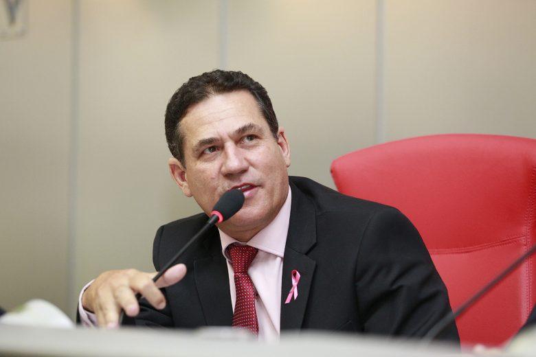 Maurão de Carvalho relata ação da Idaron contra produtor de ovos em Rolim de Moura