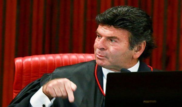 Pensei no que era melhor para o país, diz Fux sobre julgamento no TSE