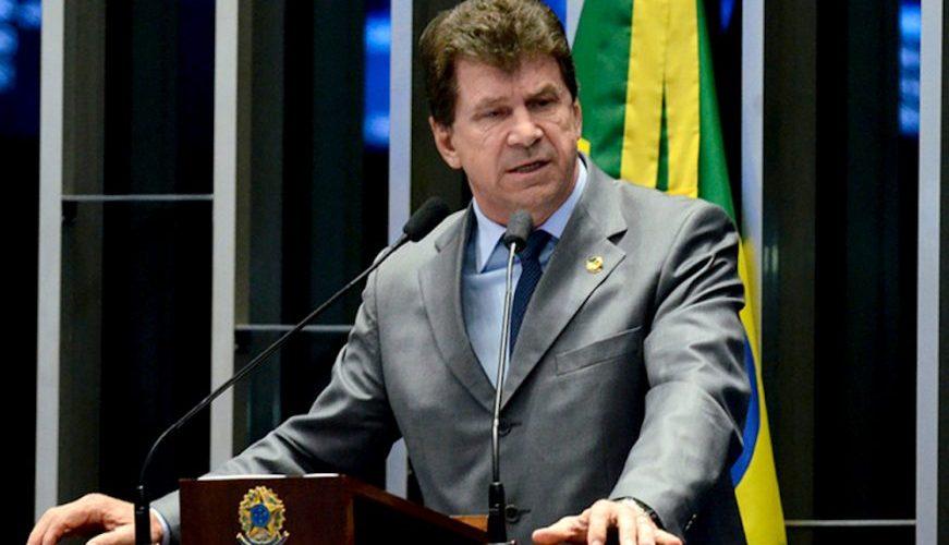 """Cassol desmente Gurgacz, chama Confúcio de incompetente e acusa Iacira de """"extorsão"""""""