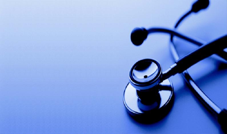 Polícia flagra estudante exercendo medicina ilegalmente em hospital no interior de Alagoas