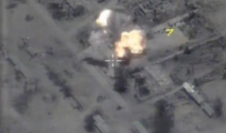 Rússia ameaça derrubar caças americanos após ataque a jato sírio