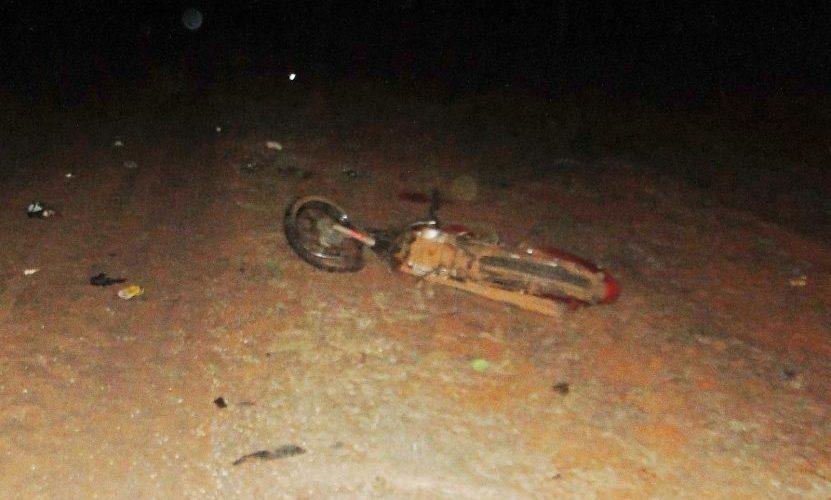 Motorista de caminhão mata dois índios atropelados e não presta socorro