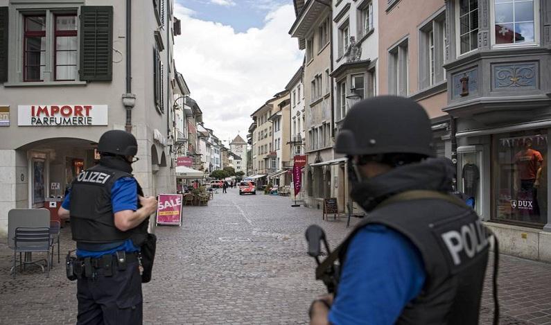 Ataque com serra elétrica em cidade suíça deixa 5 feridos