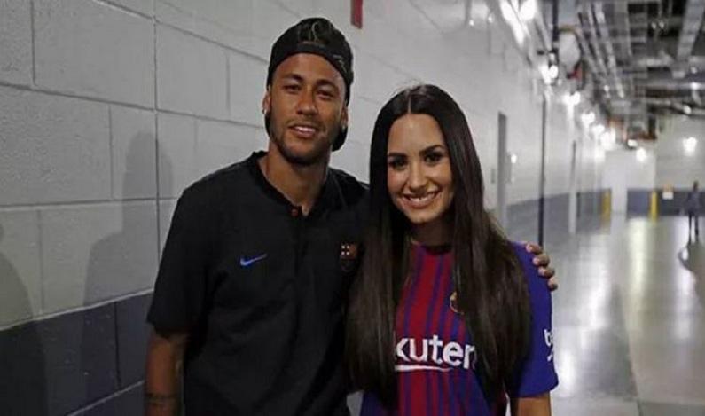 Neymar e Demi Lovato são vistos juntos em show nos Estados Unidos